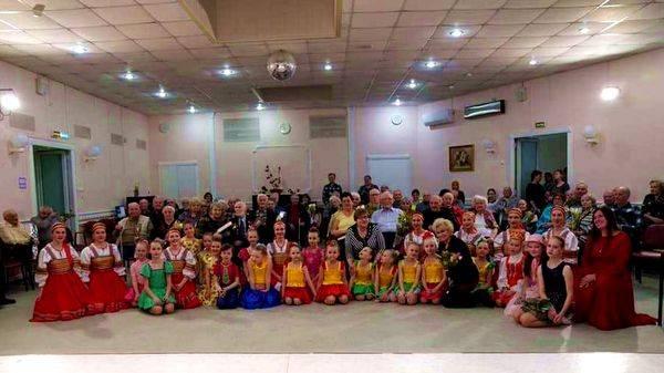Ансамбль танца «Ровесник» Центра культуры «Хорошевский» возрождает традицию чествовать героев страны