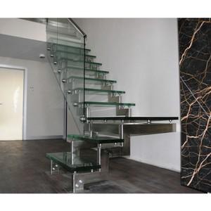 Стеклянные лестницы: за и против