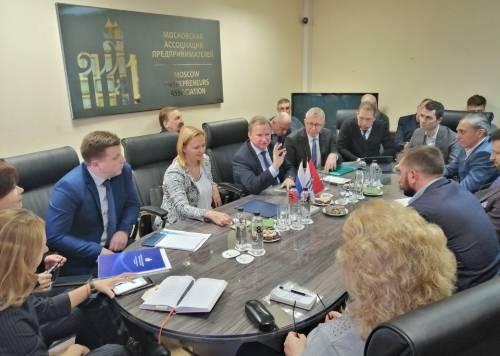 Подписание соглашения о сотрудничестве ассоциации и Уполномоченного по защите прав предпринимателей в городе Москве