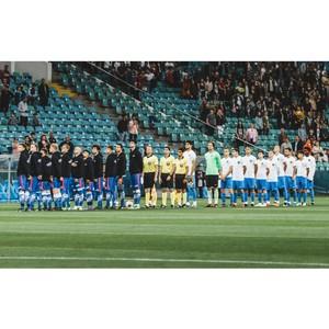На стадионе «Фишт» состоялся товарищеский матч между командой «Уличный красава – 2018» и ФК «Сочи»