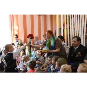 Встреча поколений: накануне Дня Победы калининцы посетили подшефные школу и детский сад