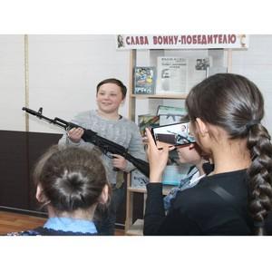 Выставка о Михаиле Калашникове в библиотеке г. Кызыла