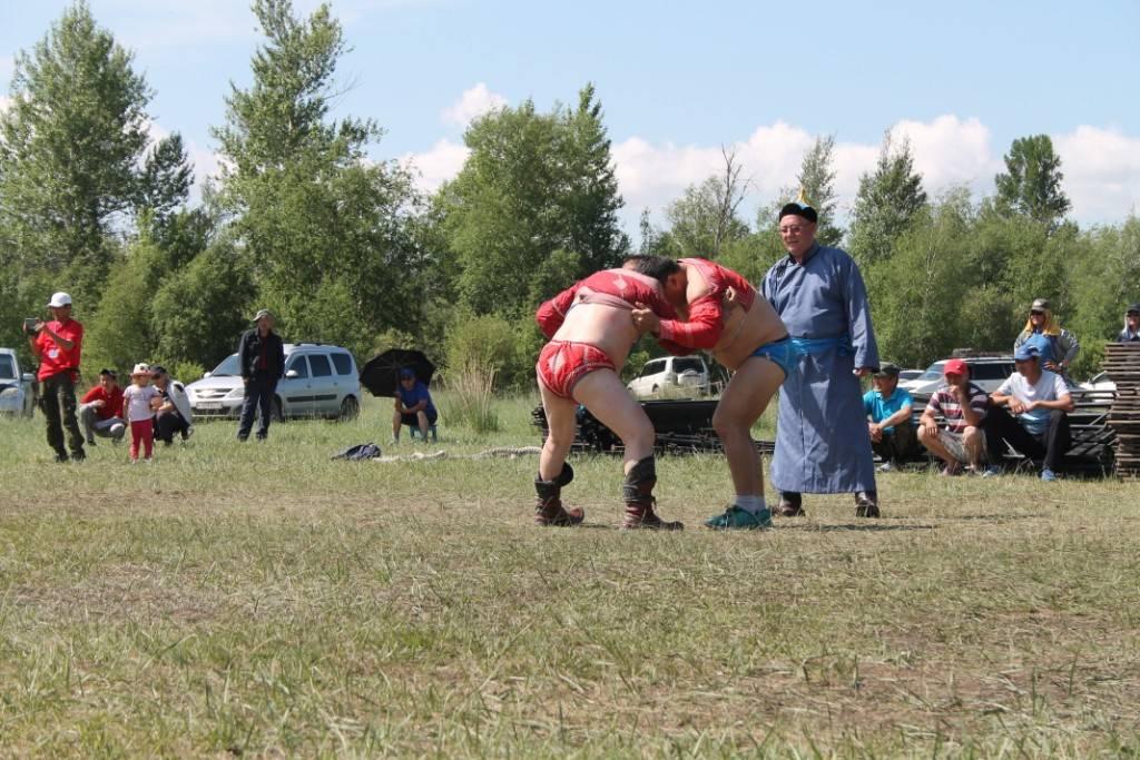 Росгвардейцы Тувы приняли участие в слете ветеранов органов внутренних дел