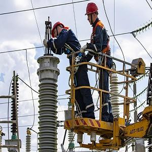 Саратовские энергетики заменили более 4 тысяч изоляторов на ЛЭП