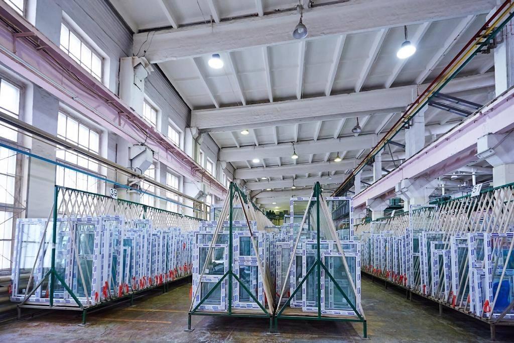 Руководство строительной компании ЮИТ посетили завод партнера Deceuninck в Екатеринбурге