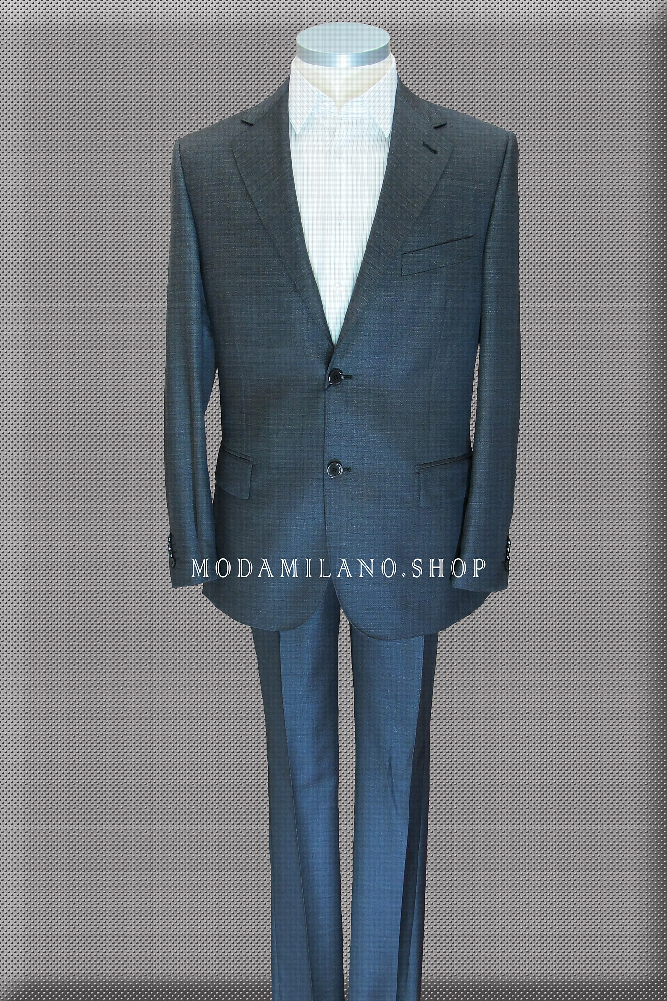 Костюмы мужские разные модели. Производитель: Sartore, материал Loro Piana, Zegna, Vitale Barberis Canonico шерсть, кашемир.