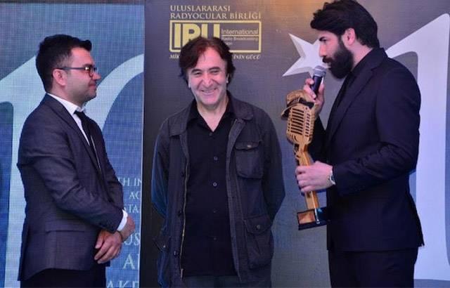 Голливудский режиссер вручил награду Толге Юдже