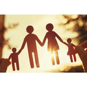 Марова: В регионах часто из-за бюрократических препон поддержка семей так и остается на бумаге
