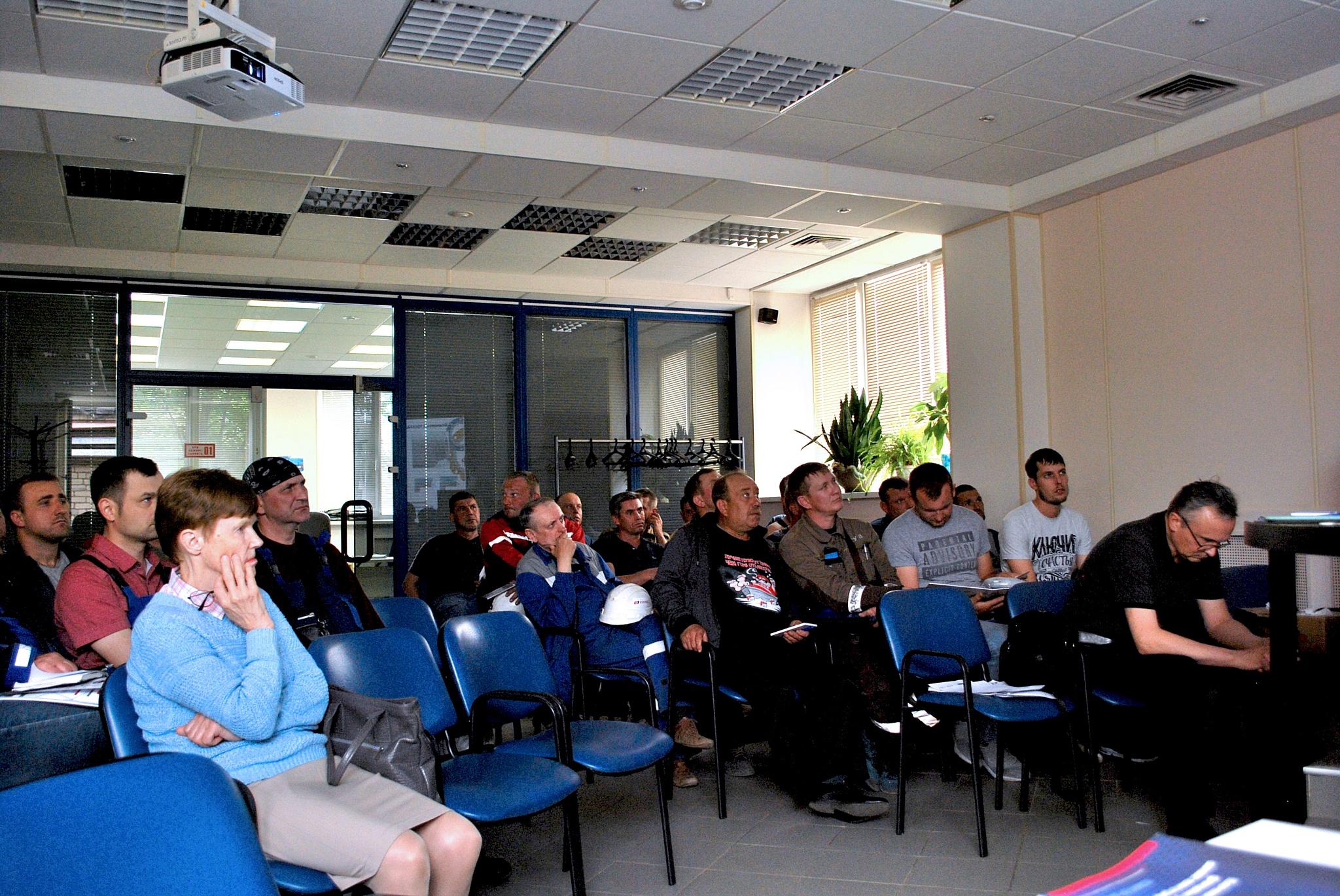 Итоги ежегодного семинара для обучения технических специалистов Кинеф от Школы герметизации