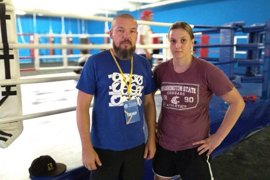 Студентка СевГУ Елена Гапешина стала победительницей международного турнира по боксу класса А