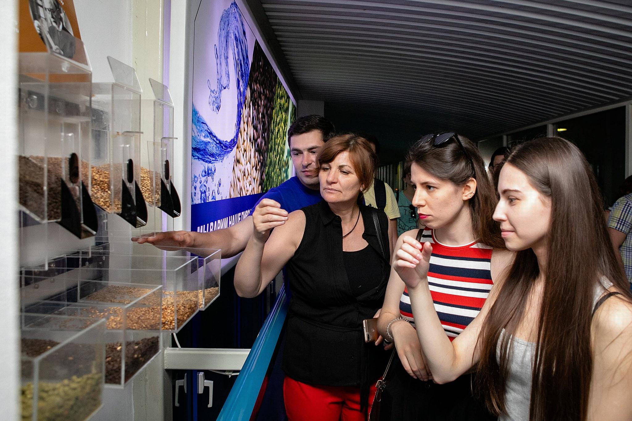 Более полусотни человек отпраздновали Международный день пива на «Балтике» в Новосибирске