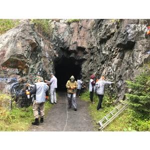 Карельские активисты ОНФ очистили от надписей скалы Лысой горы в Медвежьегорске