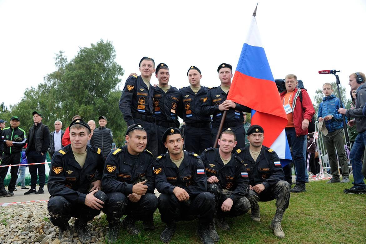 Российская сборная и танки Уралвагонзавода - снова лучшие!