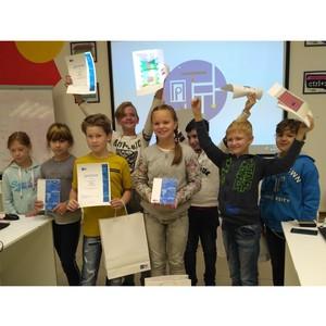 Костромские школьники-программисты нарисовали почтовый ящик будущего