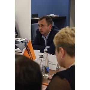 Воронежэнерго эффективно сотрудничает с Фондом социального страхования в сфере охраны труда