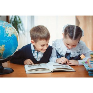 «Просвещение» обеспечит учебниками школу для особых детей в Молдове