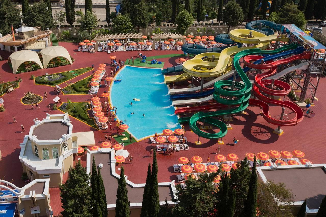 Крым или Сочи: где лучше и дешевле отдыхать летом?