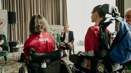 Оренбуржцы принимают участие в творческой студии «Крылья возможностей»