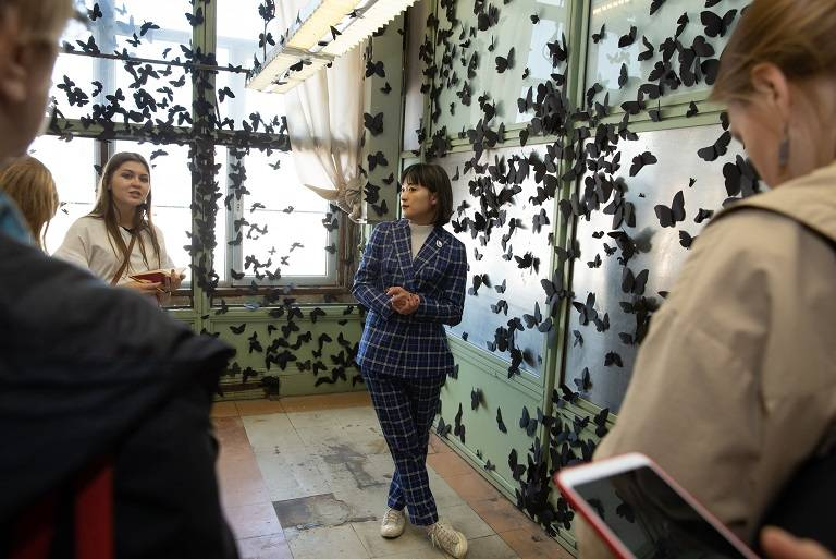 В Екатеринбурге открылась V Биеннале современного искусства