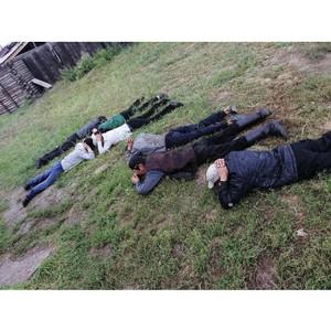 СОБР Тувы задержал подозреваемых в незаконном хранении наркотиков