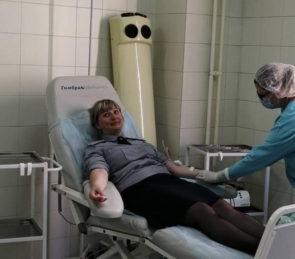 Сотрудники ГУФСИН организовали коллективную сдачу крови