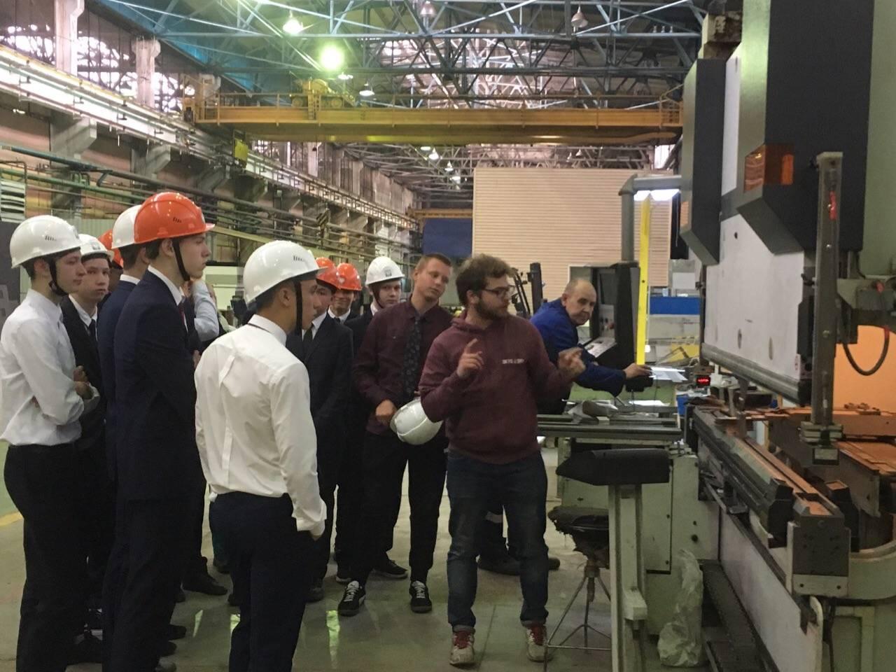 Выбираем профессию в Региональном центре лазерных технологий Екатеринбурга