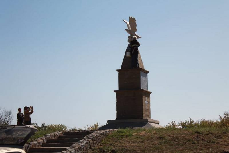 Памятник донским казакам будет открыт 9 октября в с.п. Верхнекундрюченское