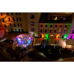 В закрытом английском саду проекта «Полянка/44» прошла PSN Glamping Party