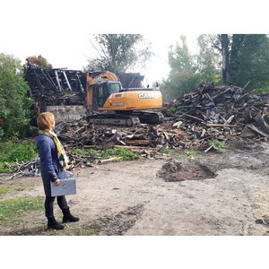 ОНФ в Карелии добился сноса расселенного сгоревшего дома в центре Петрозаводска