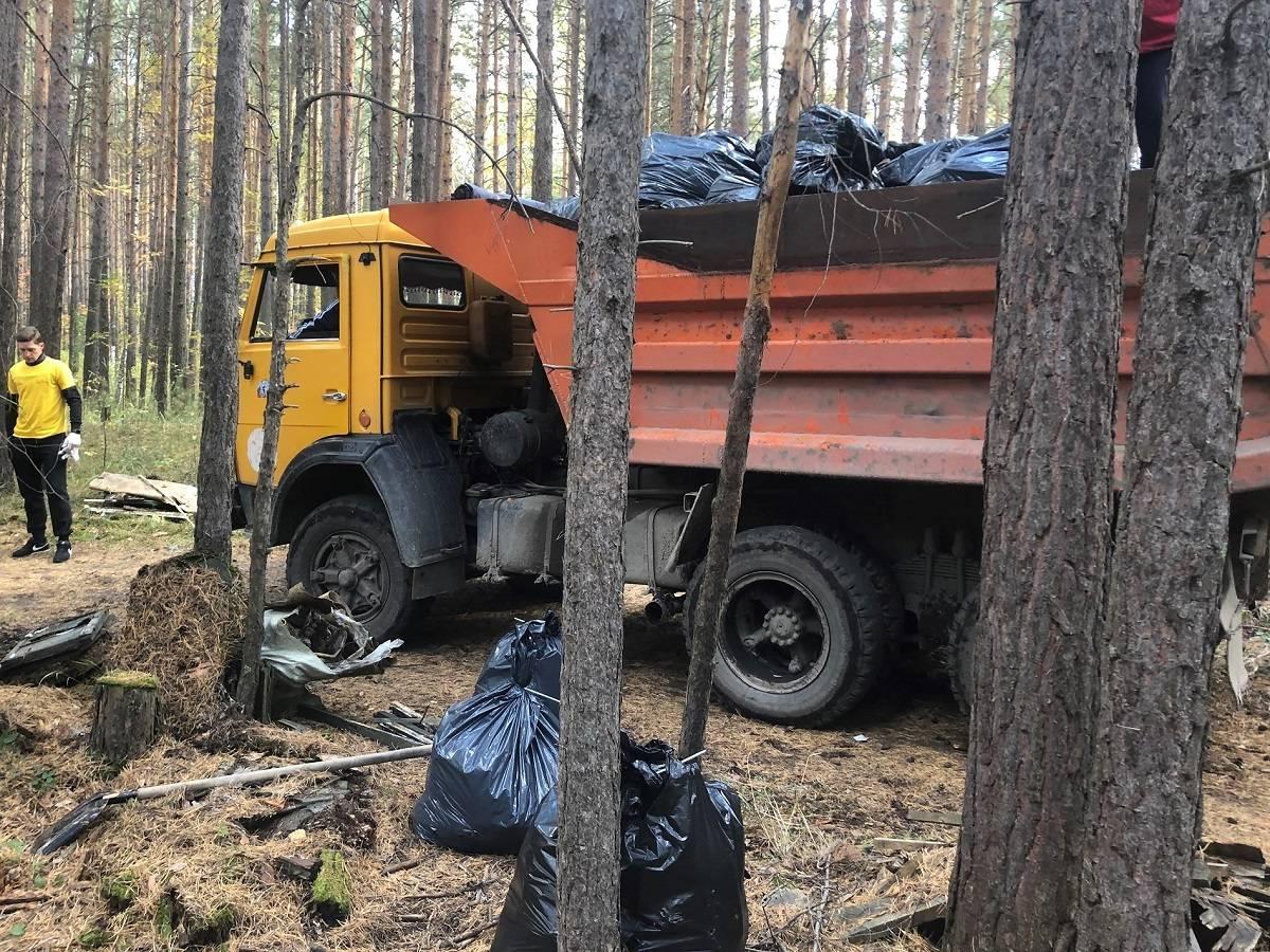 Сотрудники «Балтика-Новосибирск» присоединились к экологическому субботнику