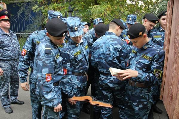 """ГУФСИН Кузбасса участвует в акции """"Уличная библиотека"""""""