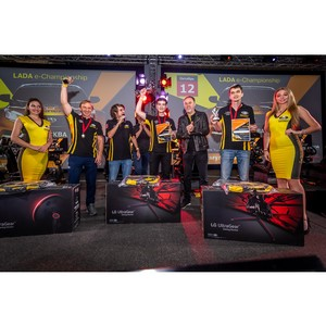 LG и RaceRoom Russia провели чемпионат «Lada Championship»