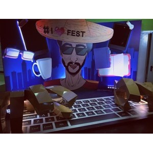 Сател на фестивале iFest