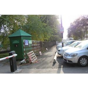 Жители Нальчика дождались ремонта тротуара около городской больницы №1