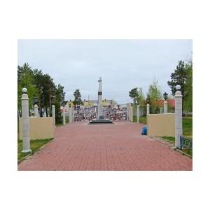 «Аганнефтегазгеология» восстанавливает памятники