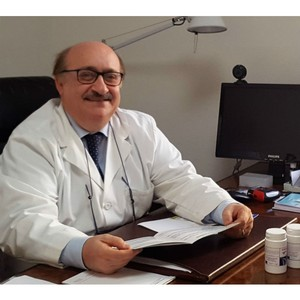 Профессор Кармело Риццо провел лекцию для российских врачей