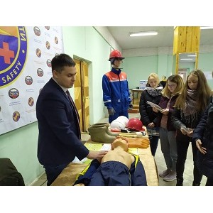 Мариэнерго принял участие в выставке в рамках «Школы безопасности»