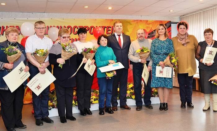 Почетные награды в день машиностроителя вручили лучшим сотрудникам ПСМ