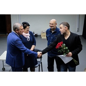 Игорь Васильев поздравил коллектив Театра на Спасской