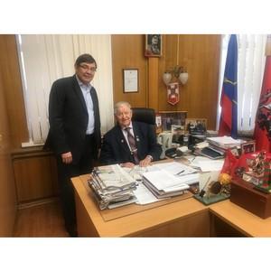 Московский ОНФ поздравил Ивана Слухая с праздником
