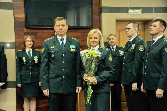 В Смоленской таможне  приняли присягу и вручили награды