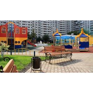 План по благоустройству дворов в Подмосковье выполнен более чем на 90%