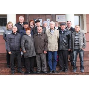 В Ивэнерго поздравили ветеранов отрасли с Днем пожилого человека