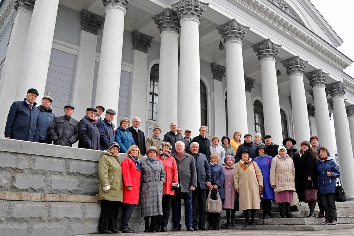 На Уралвагонзаводе обсудили работу с ветеранами