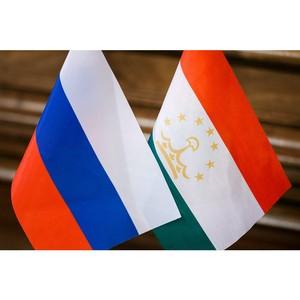 Посол России отметил роль учителей в гуманитарных связях Таджикистана и России