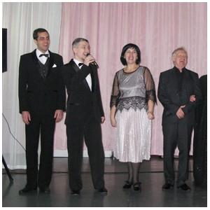 Артисты музыкального театра Кузбасса выступили в женской колонии
