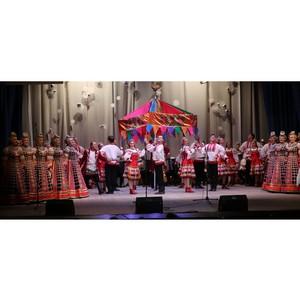 Работницы Стойленского ГОКа получили поздравления с Днем матери