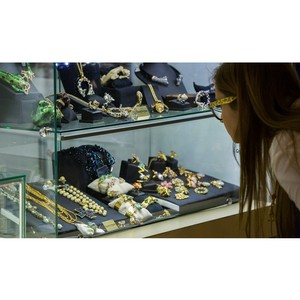 Сокращение мирового спроса на ювелирные украшения