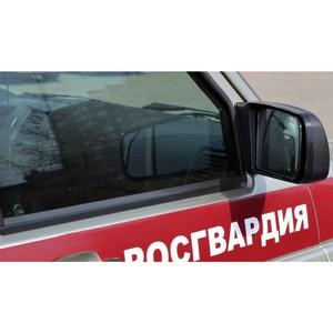 В Новосибирске неизвестные взломали гараж, чтобы разобрать автомобиль