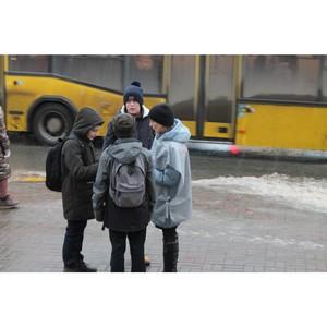 Активисты ОНФ провели на улицах Саранска акцию против мошенничества